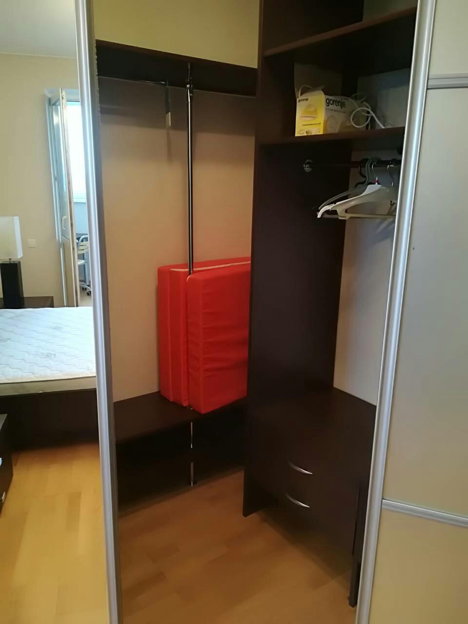 Шкаф-купе в спальню 250418-3