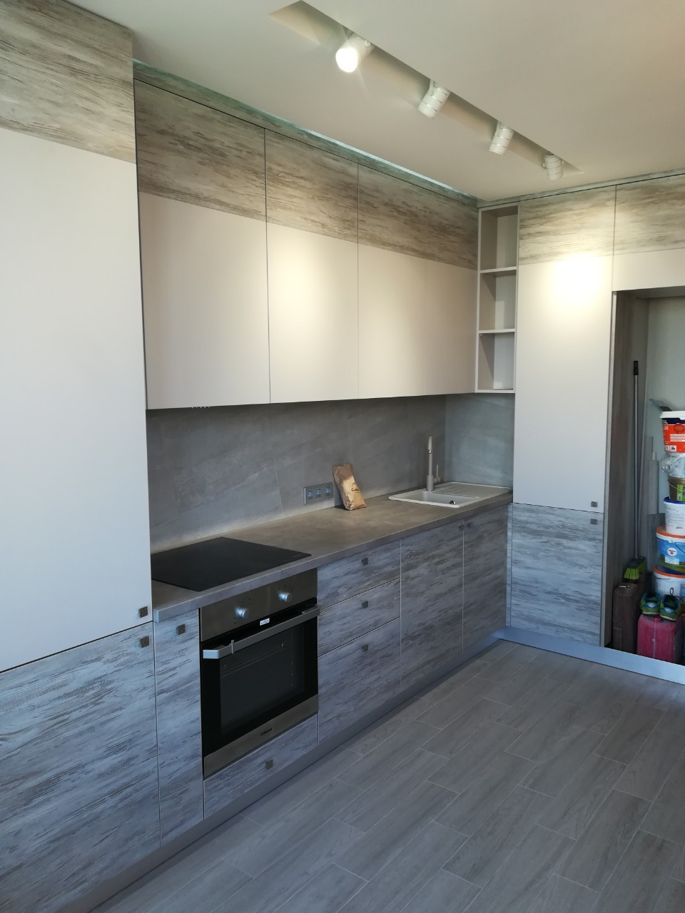 Кухня на заказ 290519-3  студио лофт