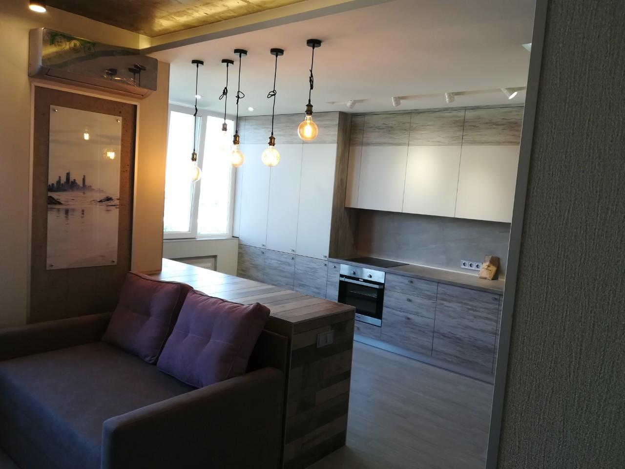 Кухня на заказ 290519  студио лофт